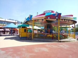 8月の王子動物公園は鬼暑。遊具はガラガラで売店も待ち時間なし